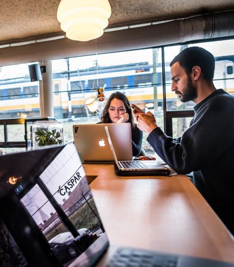 'Lieve flexwerker': Arnhems café voert huisregels in