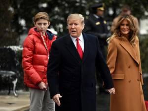 """Un nouveau livre explosif sur Trump: """"Il n'épargne même pas son propre fils"""""""