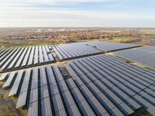Groot zonnepark langs A35 bij Almelo: groene stroom voor 6.000 huishoudens