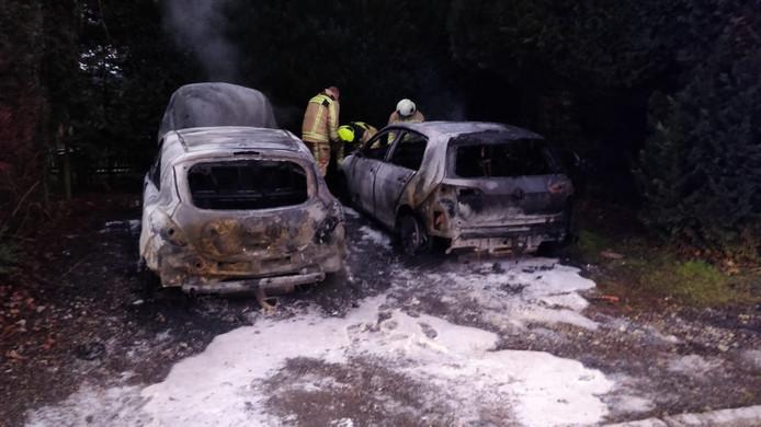 Zo vonden voetballers van de Terneuzense Boys hun auto's terug.