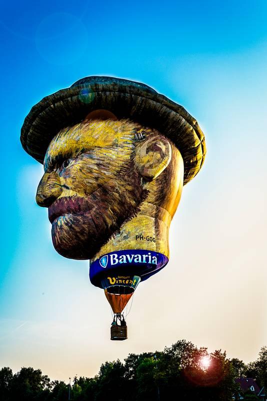De Van Gogh luchtballon is gemaakt naar een zelfportret van Vincent van Gogh.