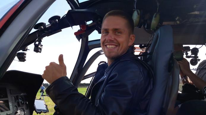 André Hazes in de helikopter.