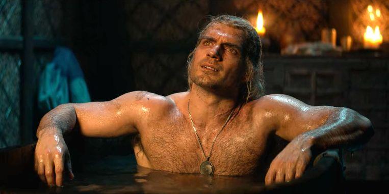 Acteur Henry Cavill is regelmatig in bloot bovenlijf te zien in 'The Witcher'.