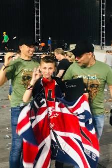 Jongetje (13) van wereldberoemde 'huilvideo' op podium getrokken bij Metallica-show in Amsterdam