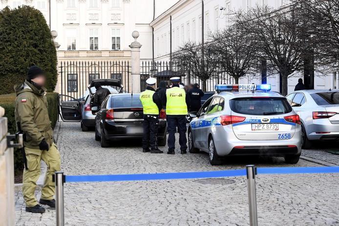 Foto ter illustratie. Poolse politie in actie.