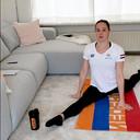 2020 Schoonspringster Celine van Duijn traint thuis vanwege het Coronavirus.