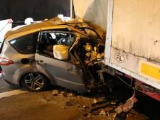Un homme de 41 ans se tue contre un camion en stationnement