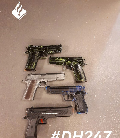 Nepwapens in beslag genomen tijdens Animecon in World Forum