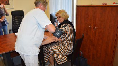 Burgemeester trapt gratis hartscreenings in Ninoofs OLV-ziekenhuis af