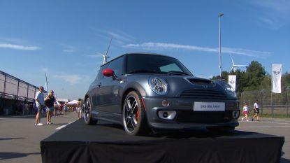 Fans vieren 60 jaar Mini op het circuit van Zolder