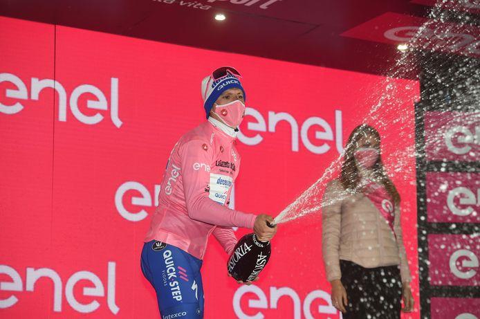 Mocht Almeida vanmiddag voor het laatst de roze trui ophalen?