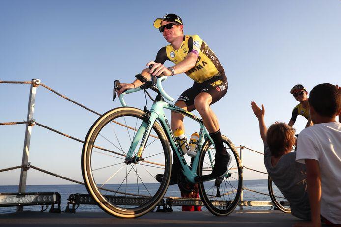 Steven Kruijswijk afgelopen donderdag tijdens de presentatie voorafgaande aan de Vuelta. Hij voelt geen druk. ,,Mijn grootste doel van het seizoen heb ik  al gehaald.''