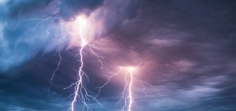 Zware onweersbuien op komst, code geel in Brabant: kans op flinke wateroverlast