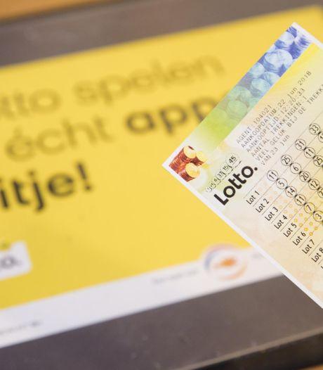 Ermeloër wint 'vakantiepotje' van ruim een miljoen in de Lotto