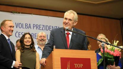 Eurosceptische Tsjechische president Zeman mag tweede ambstermijn aanvatten