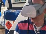 Met een speciale bril op rondneuzen in een drugslab