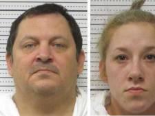 Un Américain se tranche la gorge pendant son procès pour meurtre
