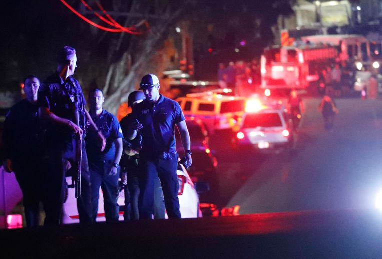 Politie bij het festival in Gilroy, Californië.
