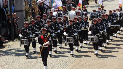 Paradekorps El Fuerte blijft prijzen binnenrijven