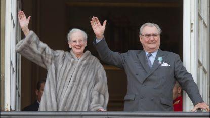 Eén jaar na zijn dood blijft prins Henrik het Deense hof verdelen: zijn kasteel is de inzet van een zure erfeniskwestie