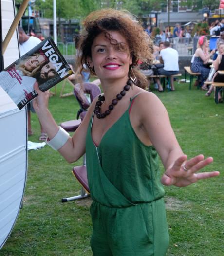 Bezoekers van het Mals-festival kunnen een vegan tatoeage laten zetten