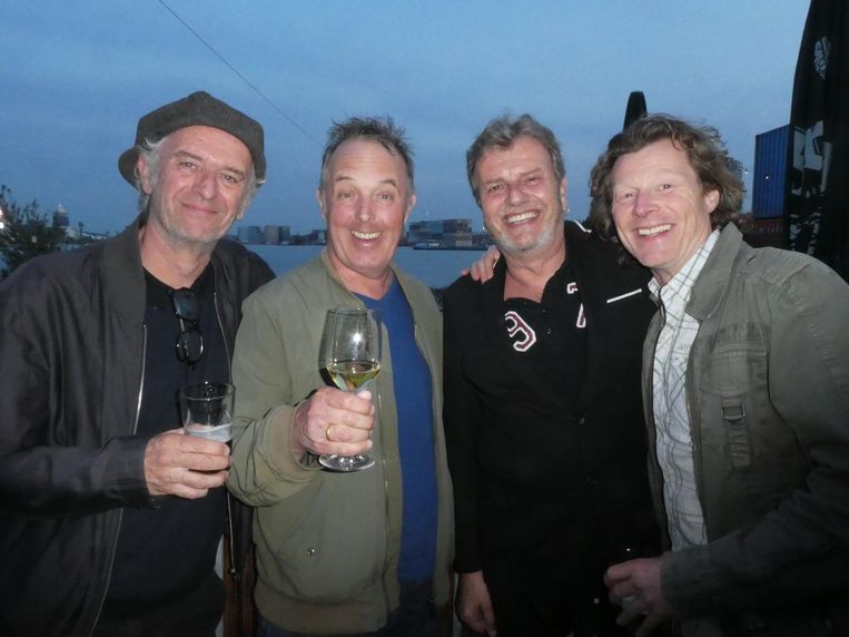 Organist Nico Brandsen, zanger Bob Fosko, drummer Ton Dijkman en bassist Manuel Hugas. Brandsen: 'Dit kan zo een nieuwe band zijn' Beeld Schuim