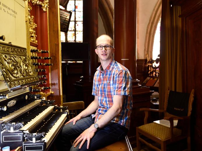 Bas Koster (30) hoopt vandaag af te studeren aan het conservatorium.