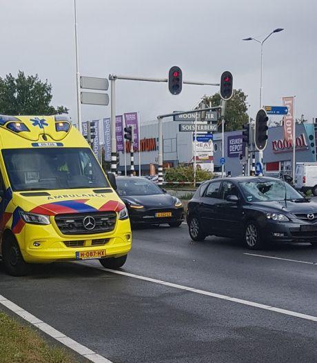 Fietser geschept in Soesterberg en raakt zwaargewond
