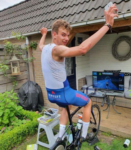 Wielrenner Jasper (21) beklom de Alpe d'Huez negen keer, maar dan op de hometrainer