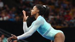 Topturnster Simone Biles staat er meteen bij eerste optreden na Spelen in Rio