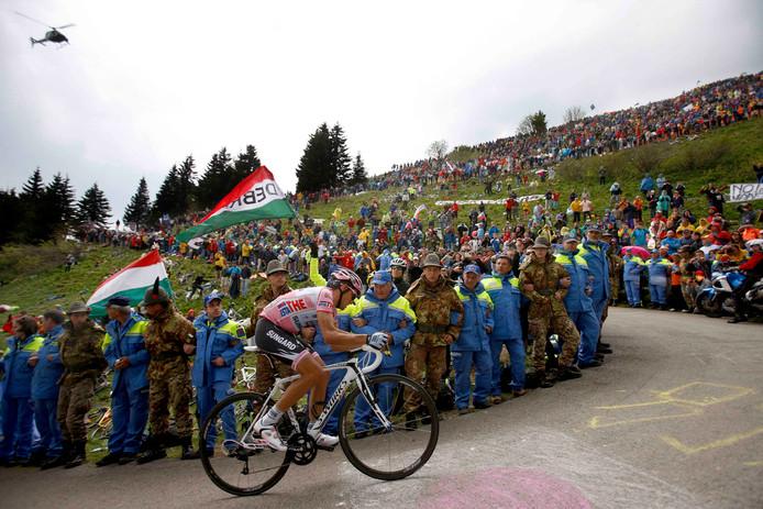 Zoncolan in 2011 met Contador in het roze