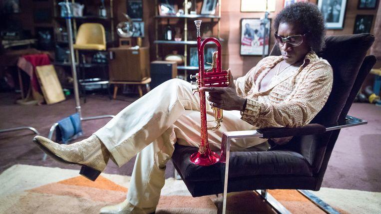 Don Cheadle als Miles Davis in Miles Ahead. Beeld