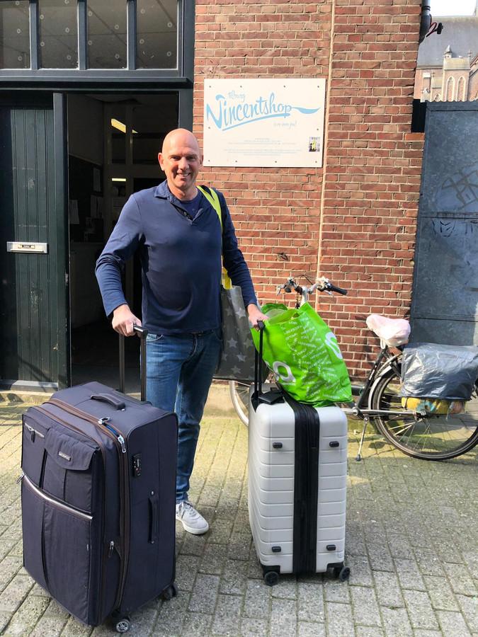 Veemarktkwartier-man Stefan Lanslots ruimde meteen maar zijn eigen kasten uit.