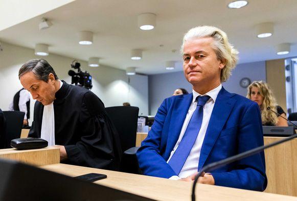 Advocaat Geert-Jan Knoops en PVV-leider Geert Wilders.