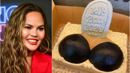 Chrissy Teigen neemt afscheid van borstimplantaten met taart