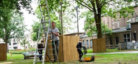 Park naast Groene Engel wordt rest van de zomer groot terras van De Winkel