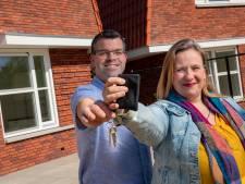 Eerste huurders krijgen sleutel van nieuwbouw aan Koperweg in Apeldoorn