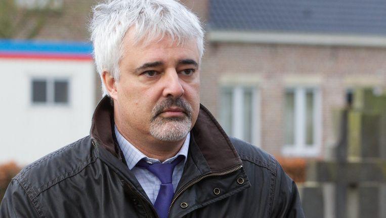 Sp.a-kamerlid Bruno Tuybens wil dat minister van Buitenlandse Zaken Steven Vanackere (CD&V) nu ook de daad bij het woord voegt.