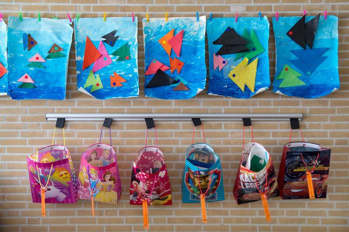 Enkele werkjes van de jongste leerlingen van Zuiderbos, school voor speciaal onderwijs in Vught.