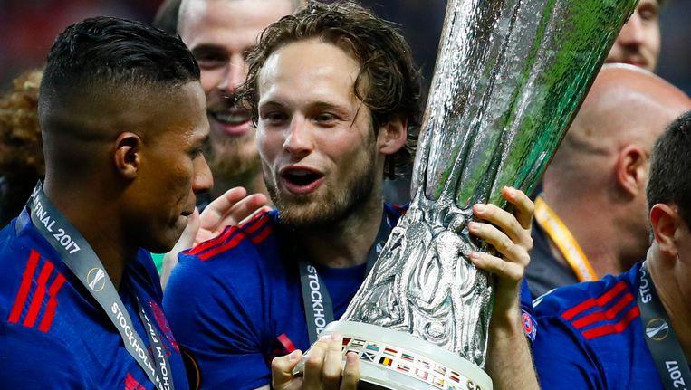Daley Blind na het winnen van de Europa Leauge-finale tegen Ajax. Beeld anp