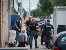Tien aanhoudingen bij illegale sigarettenfabriek in Overvecht