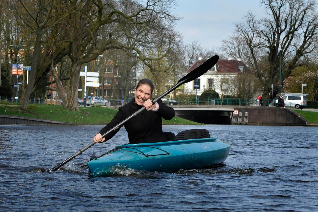 PvdA-politica Loes Ypma mag, als wethouder in Almere, in Woerden blijven wonen.
