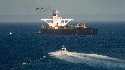 Iraanse tanker wijzigt route en vaart nu weg van Turkse kust