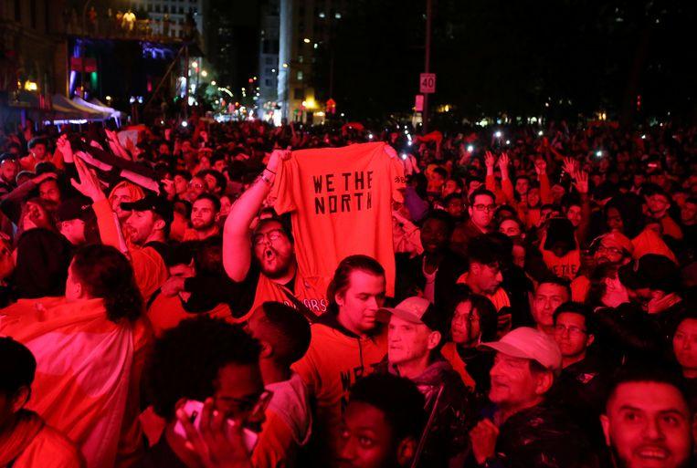 De supporters kwamen massaal de straten van Toronto op afgelopen nacht.