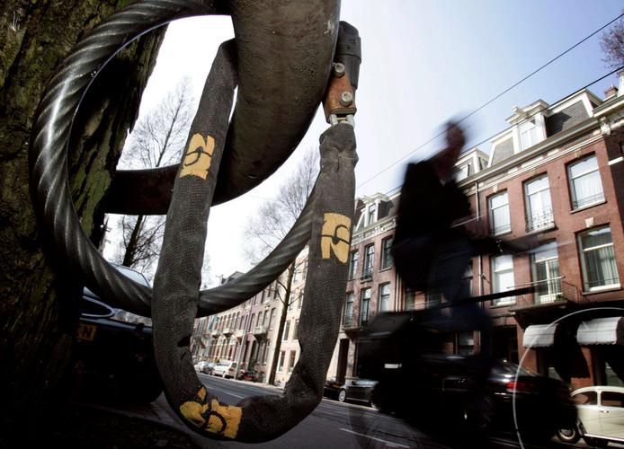 Een Bredanaar is aangehouden voor de diefstal van een fiets.