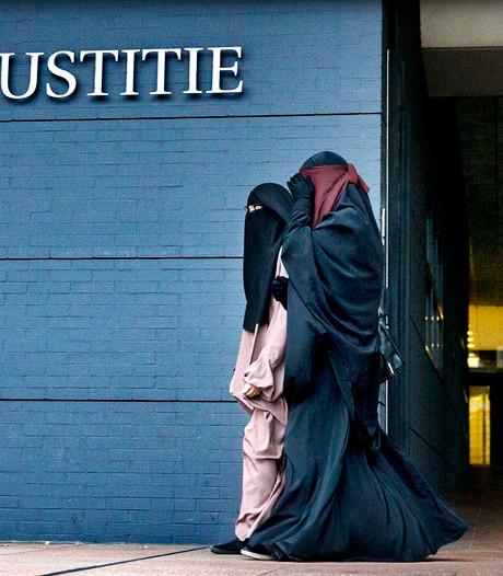 'Absurde emancipatie gaande onder jihadisten'