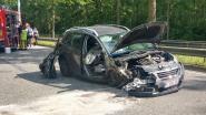 Twee zwaargewonden na crash tegen geparkeerde tankwagen