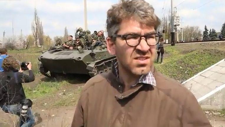 De gegijzelde Vice-journalist Simon Ostrovsky. Beeld YouTube