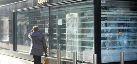 Woede om rellen in Enschede: 'Deze mensen mogen van mij aan de publieke schandpaal'