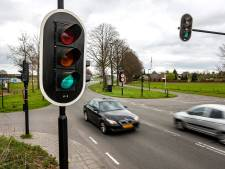 Deventer is eerste Nederlandse stad waar alle verkeerslichten slim zijn (en dat hebben we meestal niet door)
